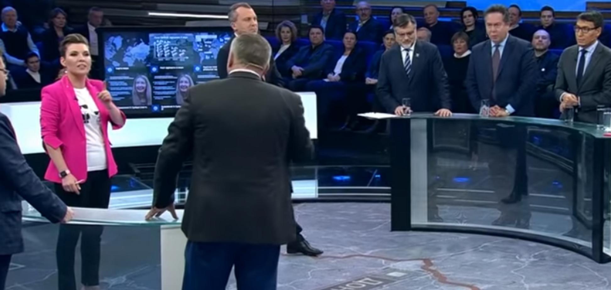 ''Заткнись, б*ндеровская сволочь!'' Пропагандист Путина устроил скандал с украинцем на росТВ
