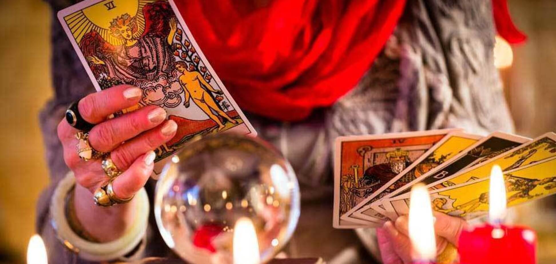 Гороскоп на 9 февраля для всех знаков Зодиака по картам Таро: кого ждет удача