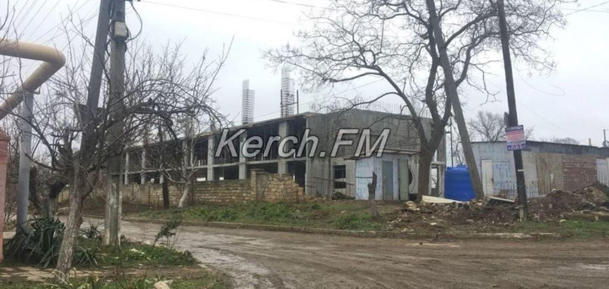 Готовятся к войне? В Крыму развернули масштабное строительство базы Росгвардии. Фотофакт