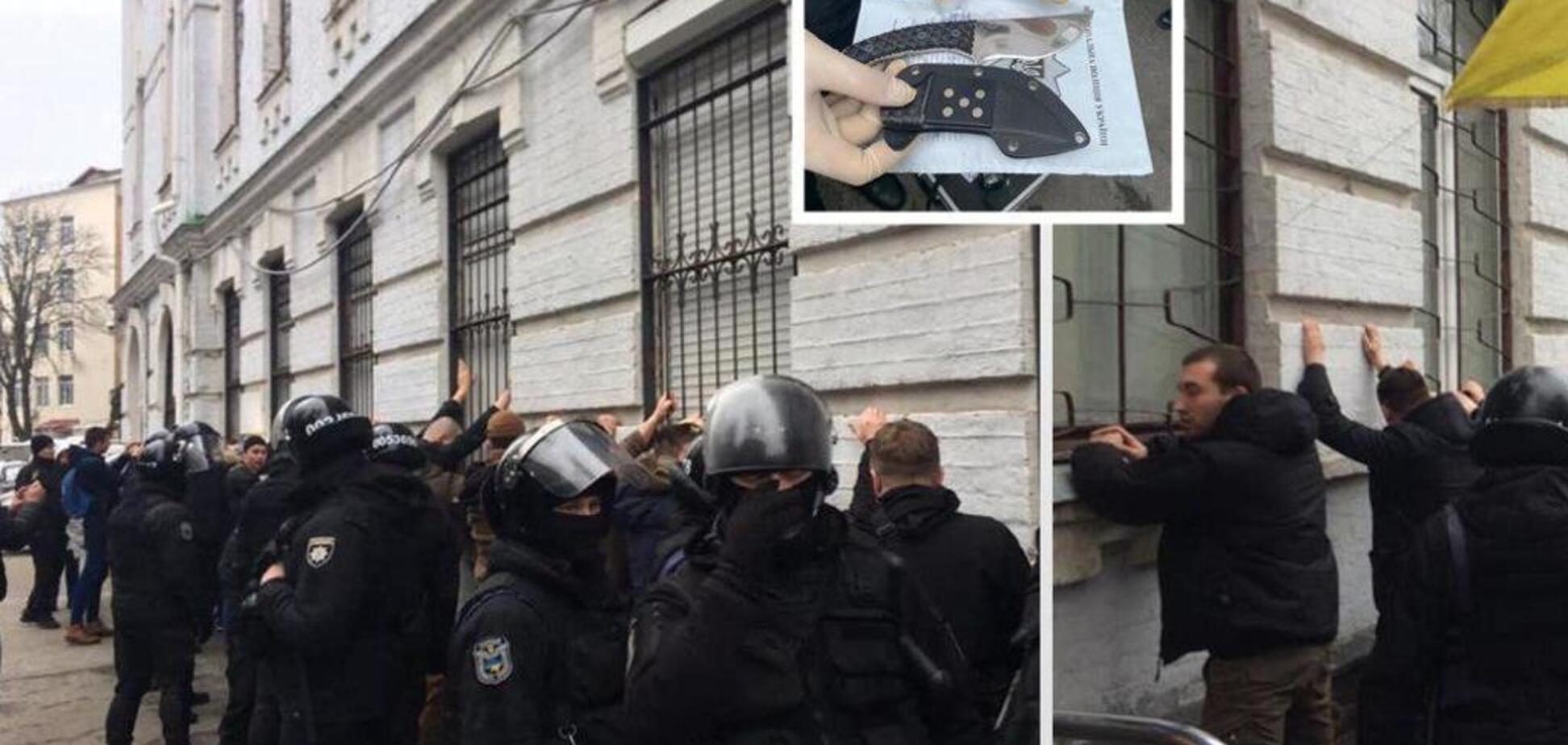 В Киеве штурмовали полицию: трое раненых. Фото и видео