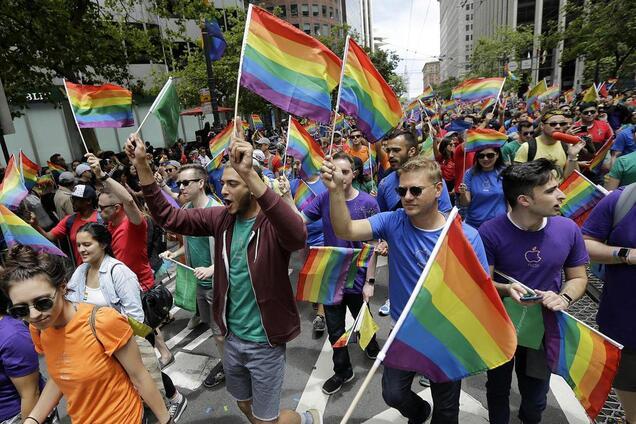 Гондурас и Украина заняли 95-е место в рейтинге гей-туризма