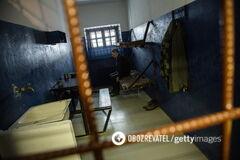 'Переломы черепа и челюсти': опубликованы новые видео зверских пыток в тюрьмах России. 18+