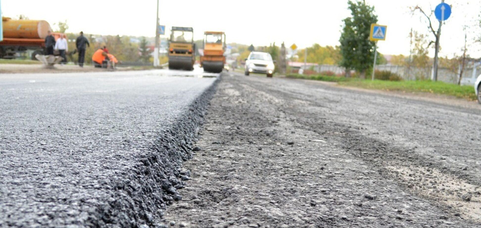 На ремонт дорог в Запорожской области выделят 233 миллиона гривен