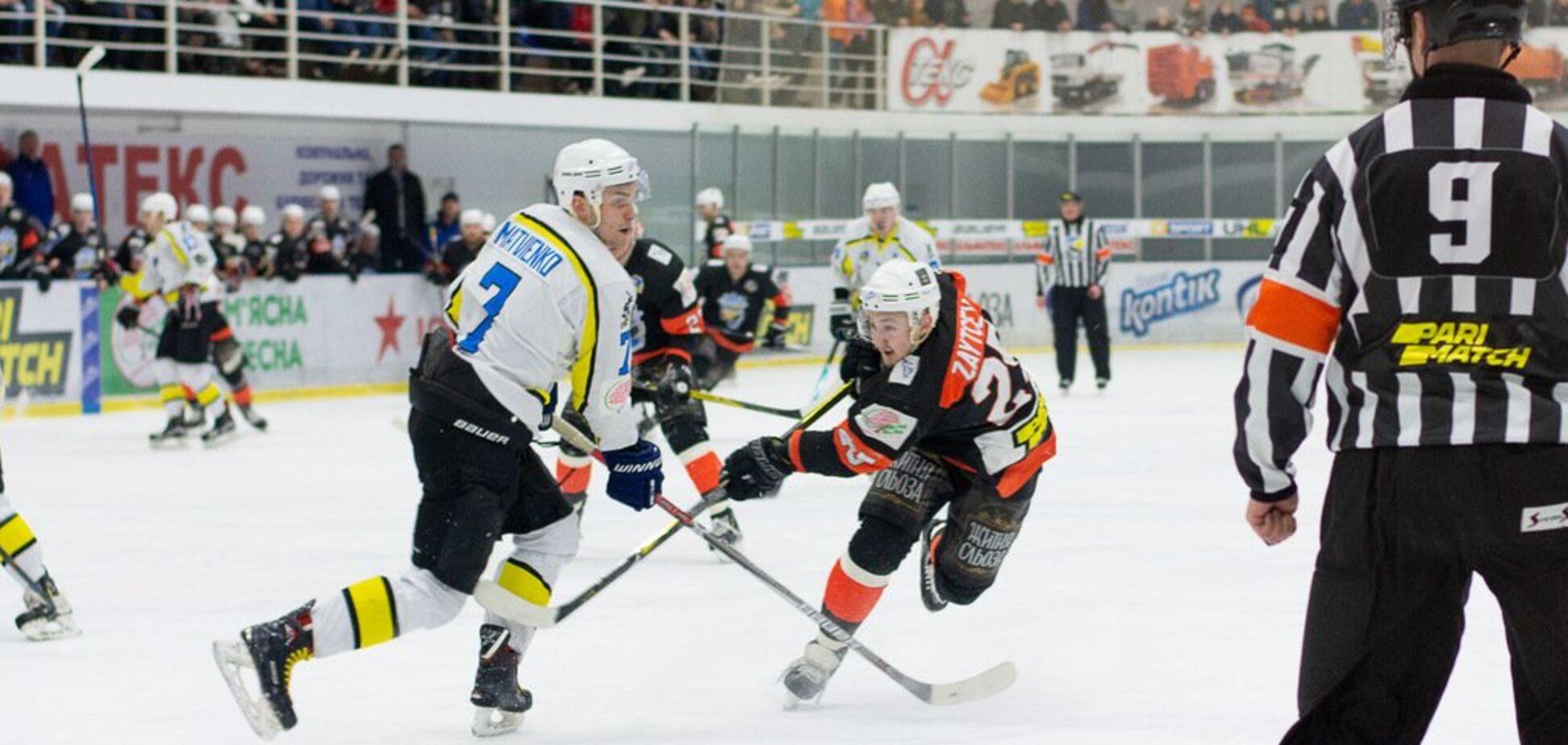 Полуфинал УХЛ в Кременчуге завершился драмой