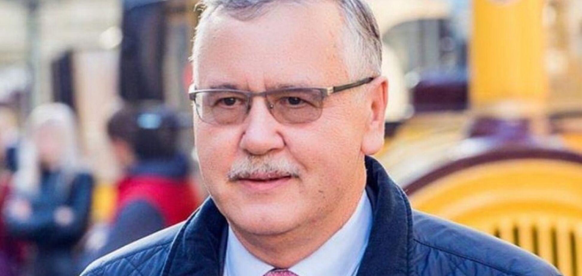 Гриценко рассказал, как остановил обвальное сокращение армии