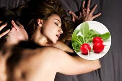 За 30 минут до секса: шеф-повар дал рецепт ''салата любви''