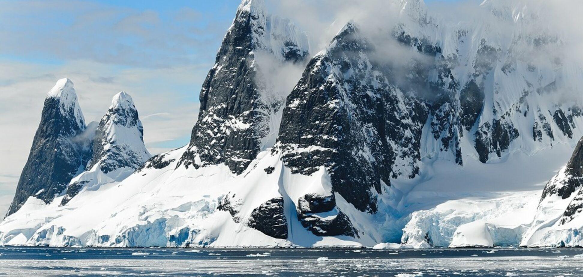 Серед снігів і айсбергів: українці зможуть проголосувати навіть в Антарктиді