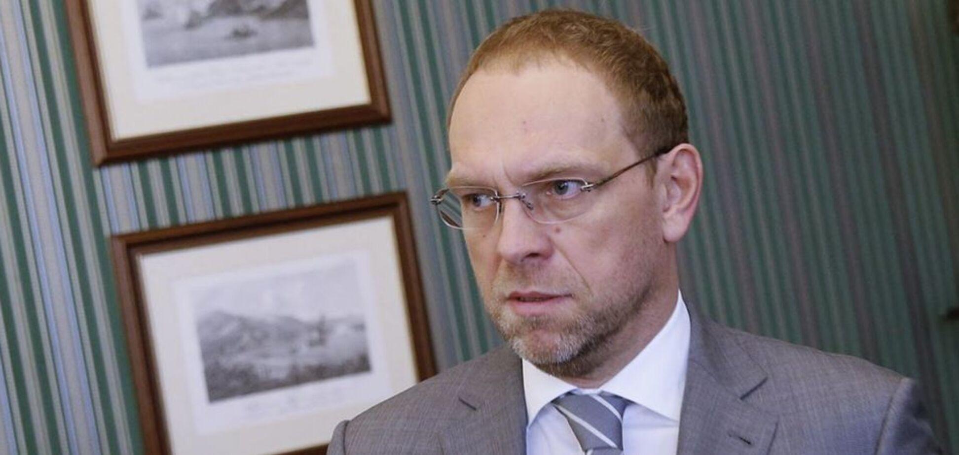 Суд установил, что команда президента распространяет лживую информацию о Тимошенко – Власенко