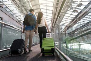 Популярний лоукостер скасував польоти з України: напрямки