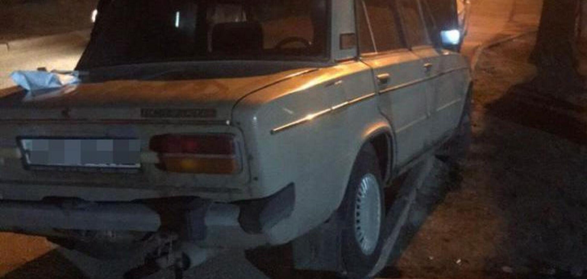 В Запорожье пьяный водитель на угнанном авто пытался скрыться от копов