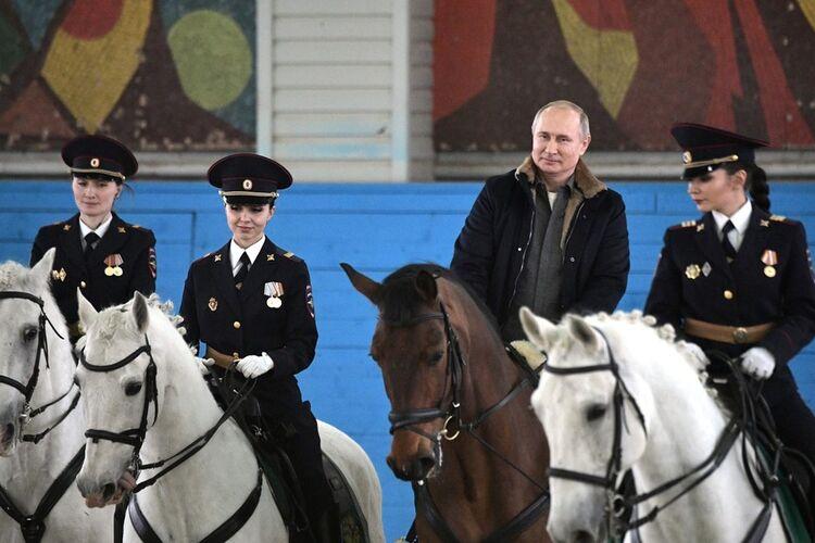 Картинки по запросу Думаете, Путин стал изгоем? Ошибаетесь! 22 марта 2019, 05:03