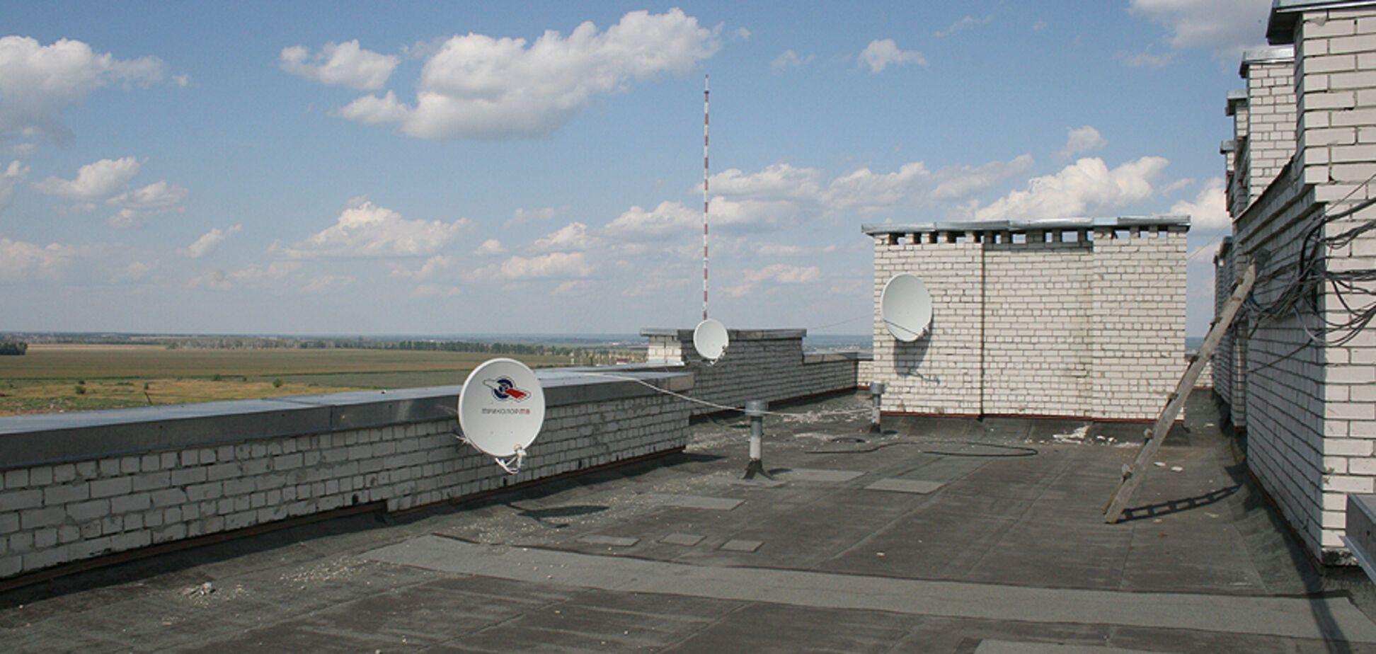 У Росії п'яні школярі зайнялися сексом на даху. Фотофакт