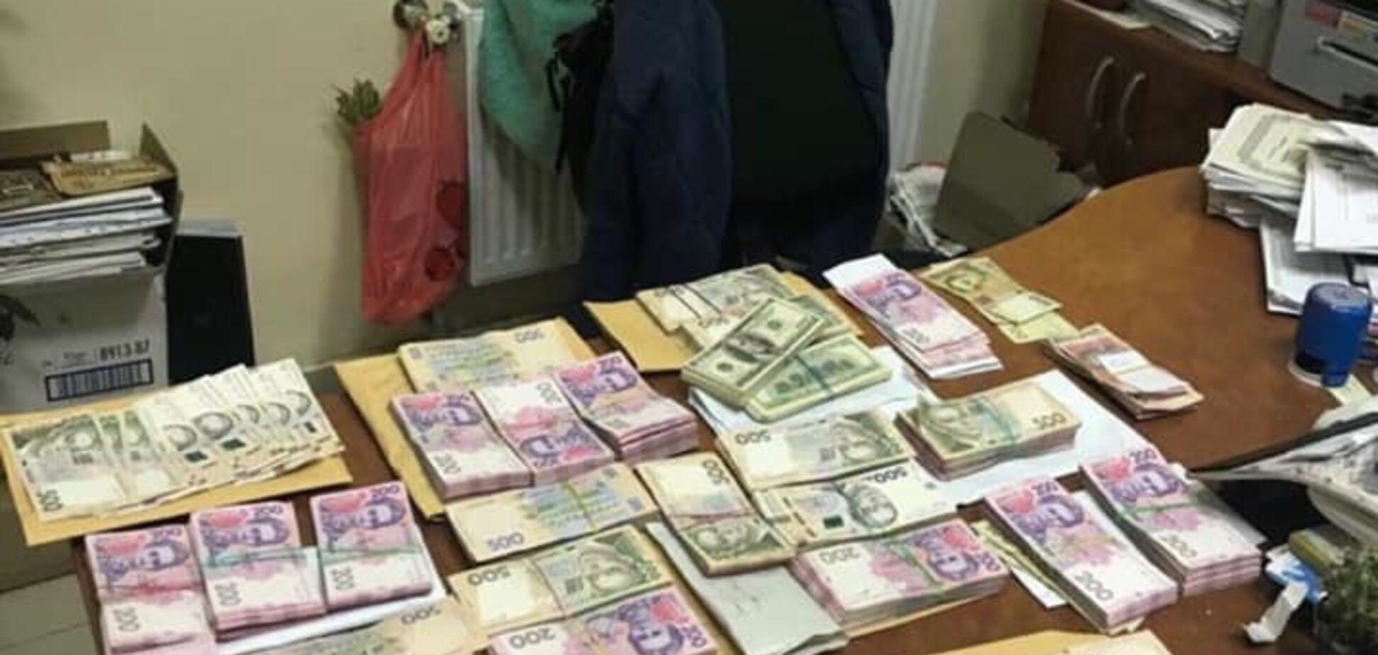 'Сетка' на 1,3 млн: на Одесщине раскрыли масштабную схему подкупа избирателей