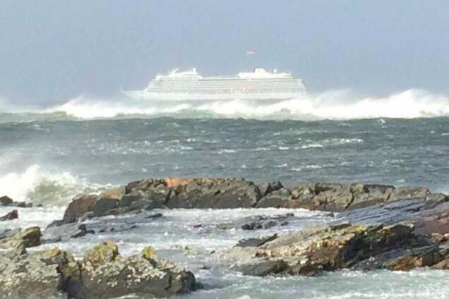 На борту 1300 человек: у берегов Норвегии произошло ЧП с круизным лайнером