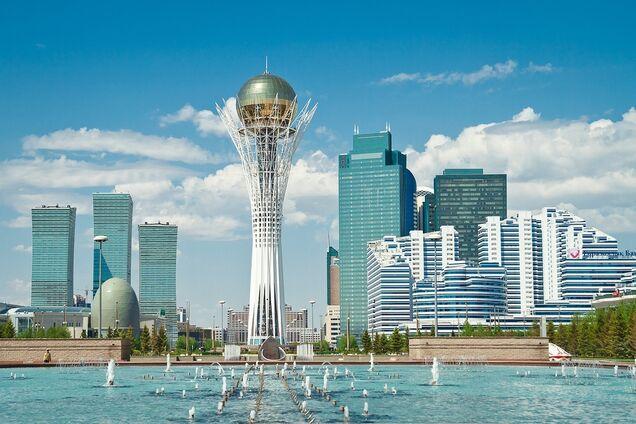 Столицю Казахстану офіційно перейменували