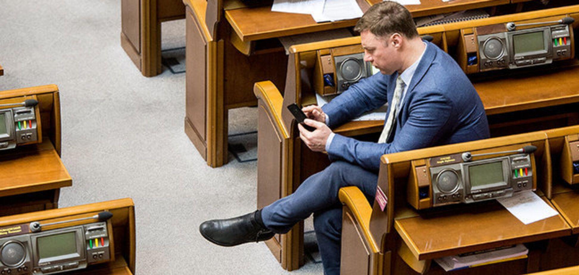 Відпочинок на яхті та вибір човнів: кандидат у президенти України Віталій Купрій 'засвітив' переписку про елітні розваги