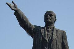 'Нелюди відроджують секту': мережу нажахало 'скрепне' свято Леніна в Криму