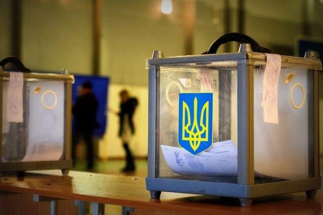 """В Україні реєстр виборців переповнили """"мертві душі"""""""