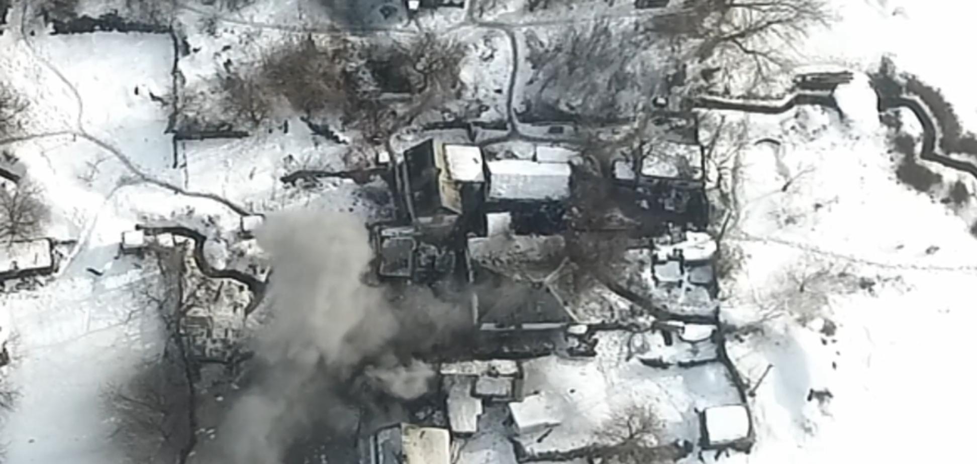 Убитые, раненые и потеря техники: появилось видео мощного удара ВСУ по оккупантам