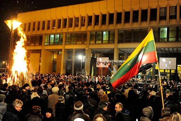 Российских журналистов и дипломатов не пустили на суд в Литве