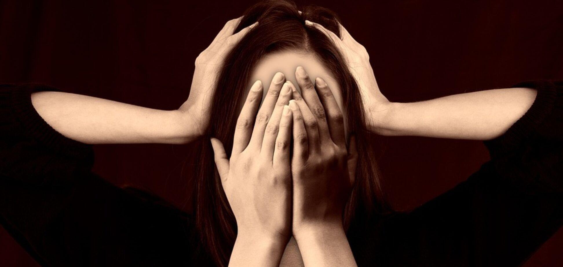 Названа опасность хронического стресса для здоровья и фигуры