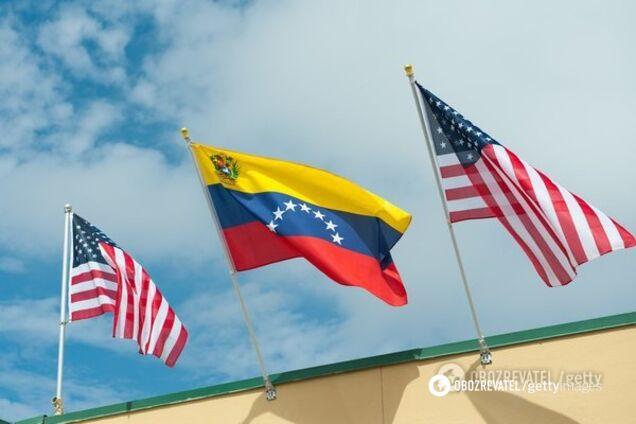 США пообещали наказывать за покупку нефти у Венесуэлы