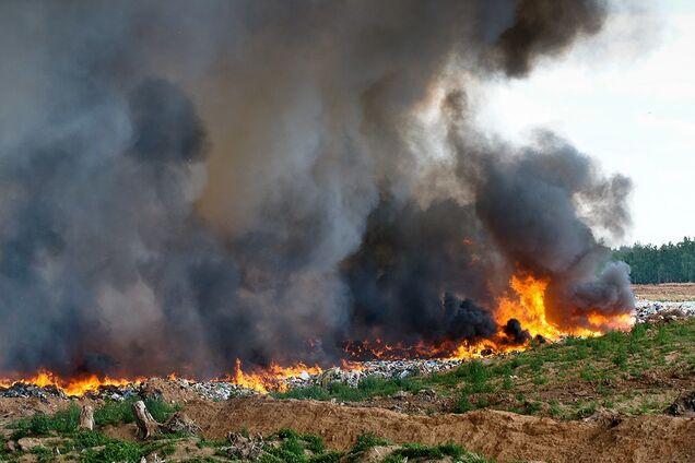 Пожежа на полігоні (ілюстрація)