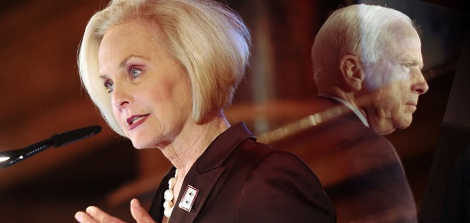 'Я зрозуміла, чому він любив Україну': вдова Маккейна виступила зі зворушливою заявою