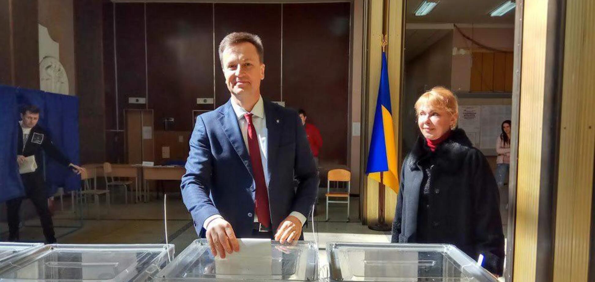 ''За справедливую страну'': Наливайченко проголосовал на выборах президента