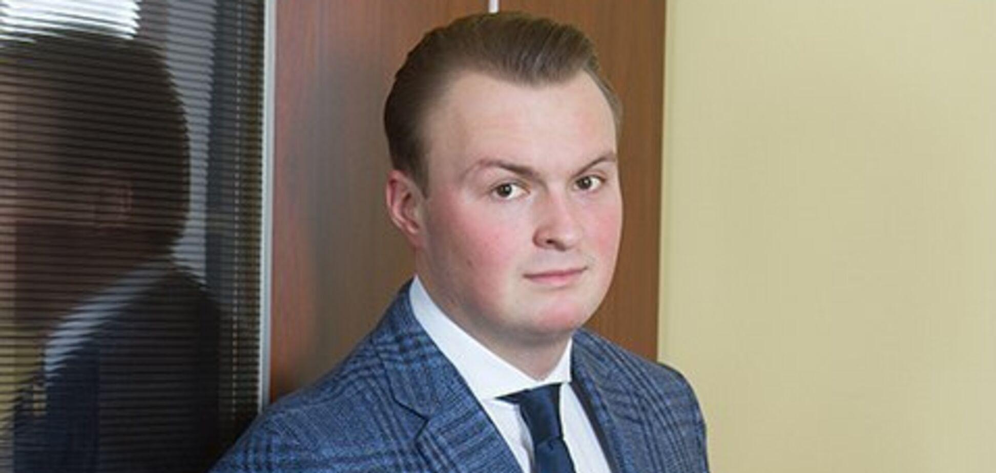 'Поклонник Портнова': сын Гладковского оконфузился с иском в суд