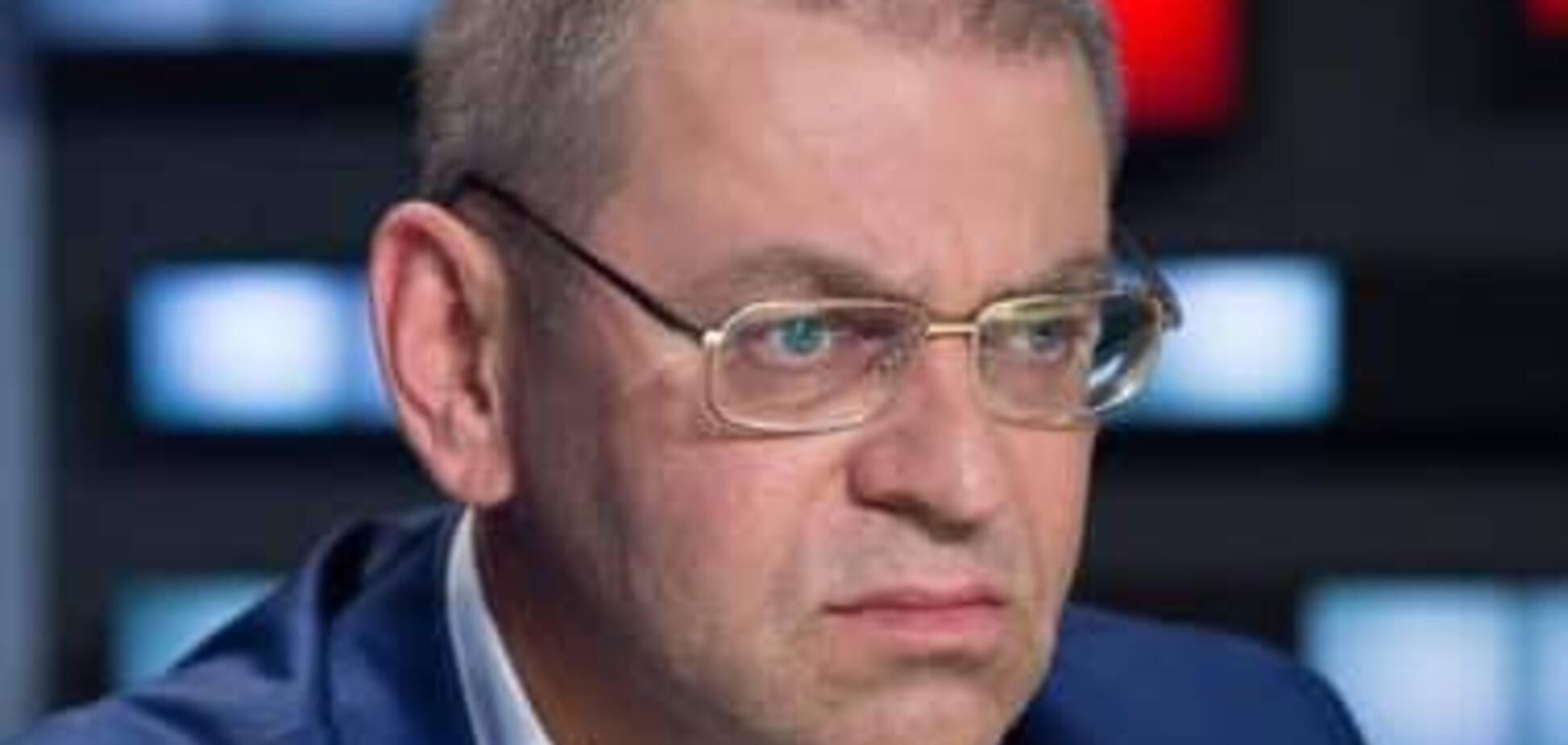Коррупция в оборонке: агент НАБУ заявил о бегстве Пашинского, у него ответили