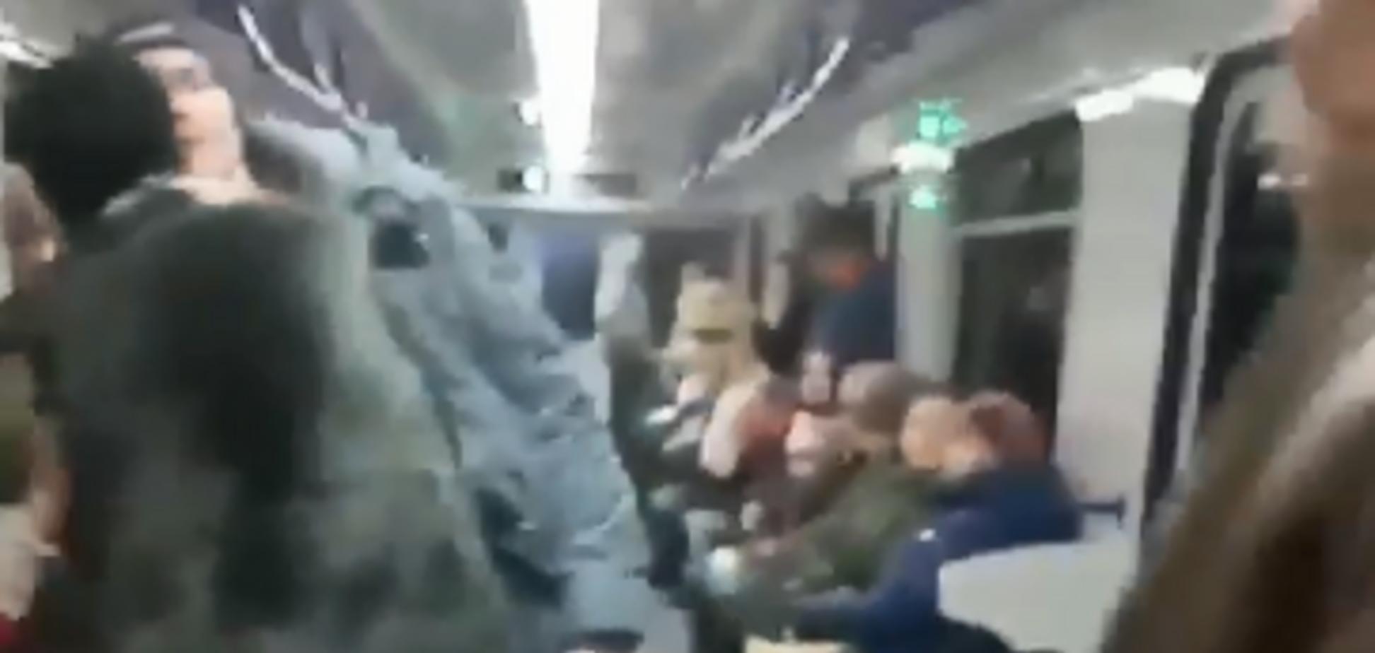 'Магия исцеления': в Киеве разоблачили попрошайку из метро. Видео