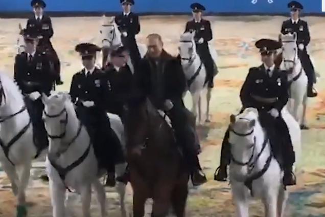 Володимир Путін на коні