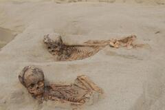 Вырезали сердца живым детям: в Перу нашли масштабное ритуальное захоронение