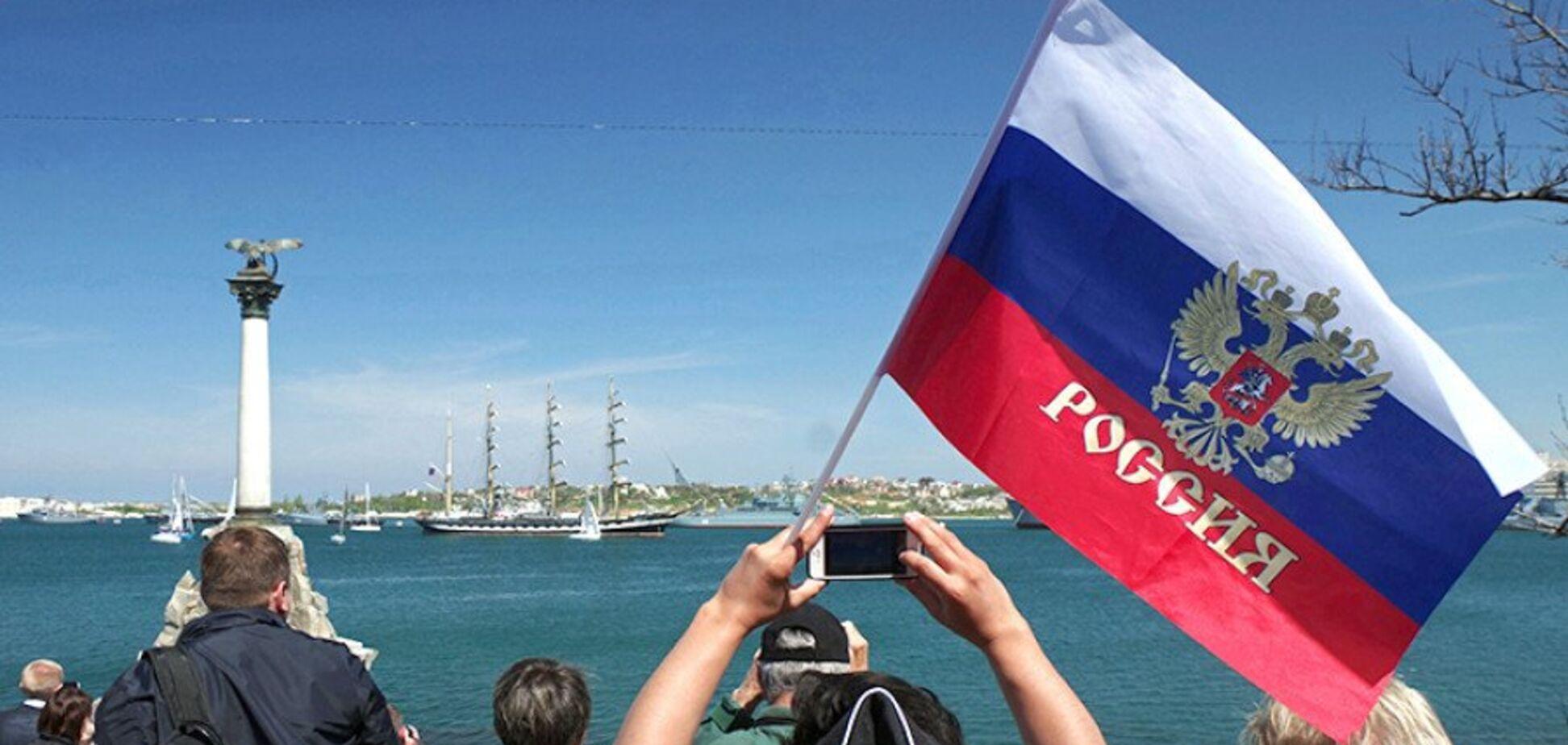 Россияне проскальзывают в Крым, а он отбрасывает их обратно за мост
