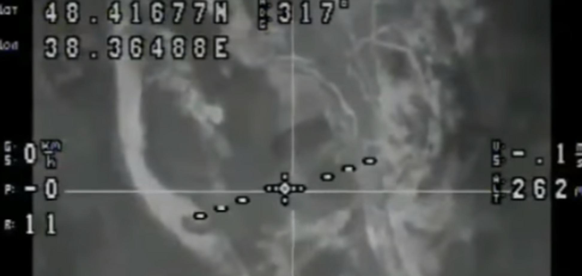 Адекватна відповідь: офіцер ЗСУ показав відео розгрому техніки терористів