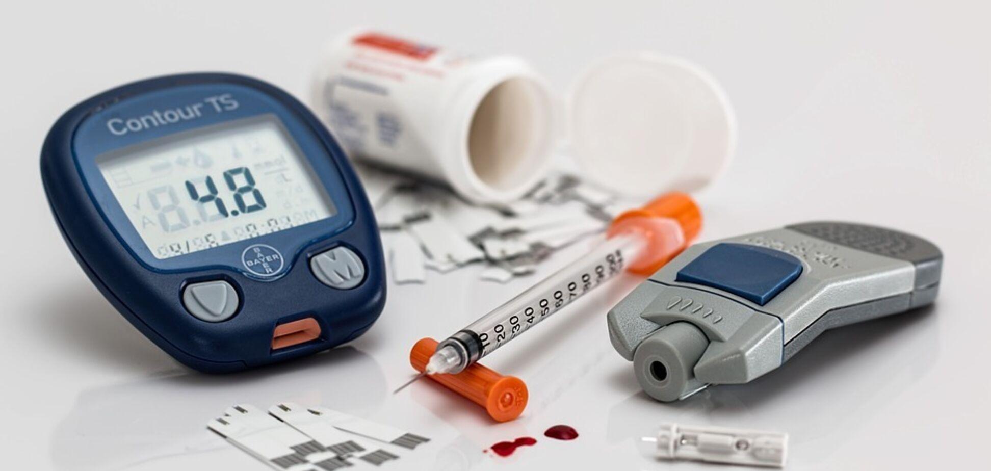 Обратите внимание на подмышки: медики назвали пять ранних симптомов диабета