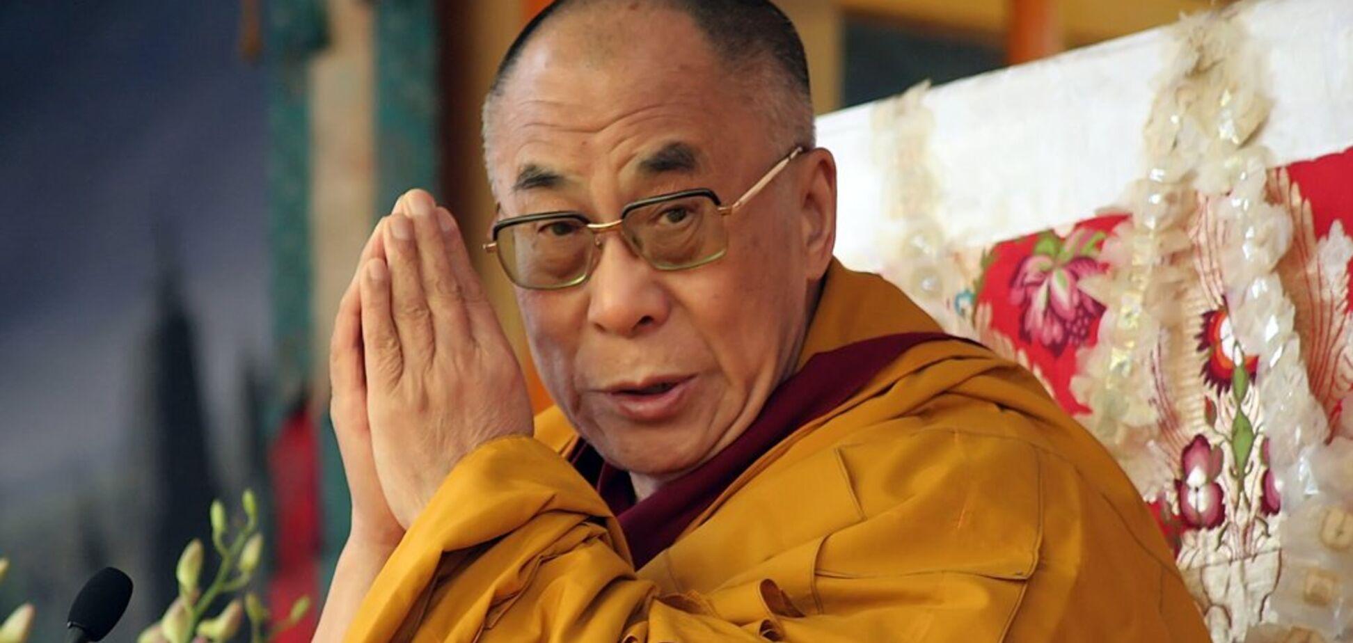 В Індії терміново госпіталізували Далай-ламу