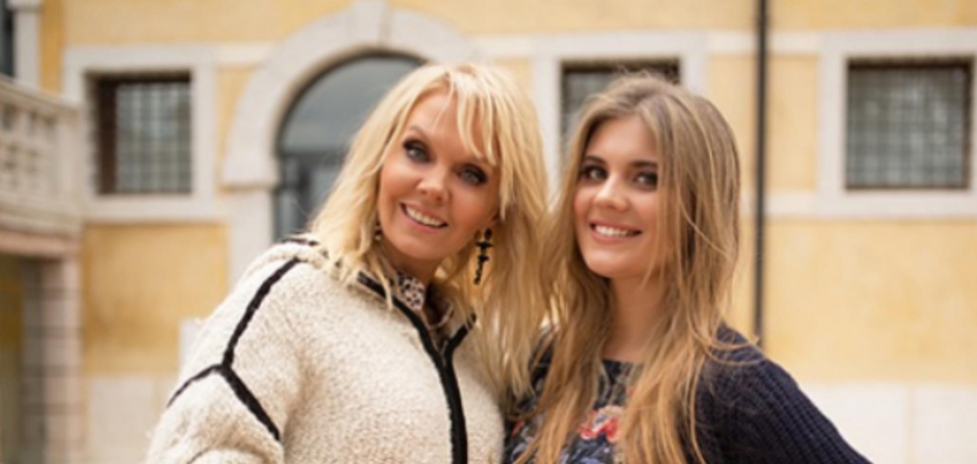 Валерия с дочкой Анной Шульгиной