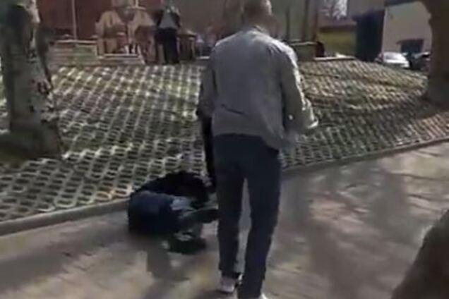 """В Мелитополе маршрутчик избил пассажира-""""зайца"""""""