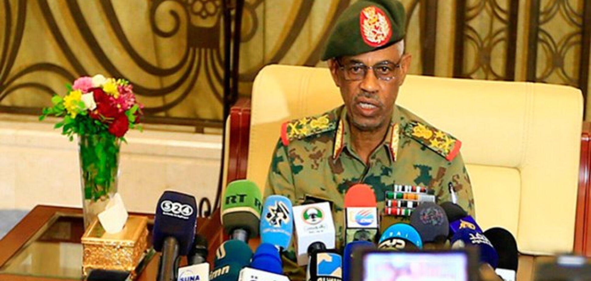 В Судане дважды за три дня сменилась власть