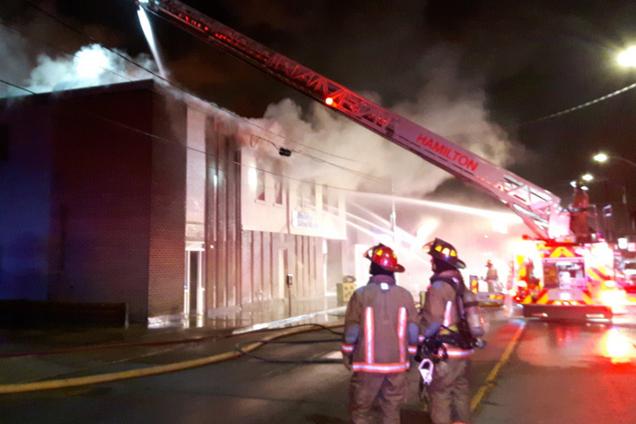 В Канаде сгорел дотла украинский центр