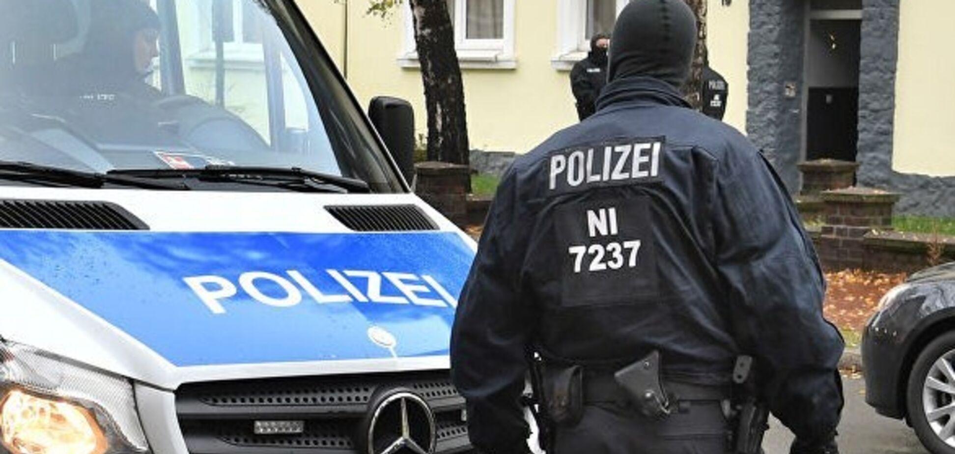 Людей терміново евакуювали: вибух надпотужної бомби в Німеччині потрапив на відео