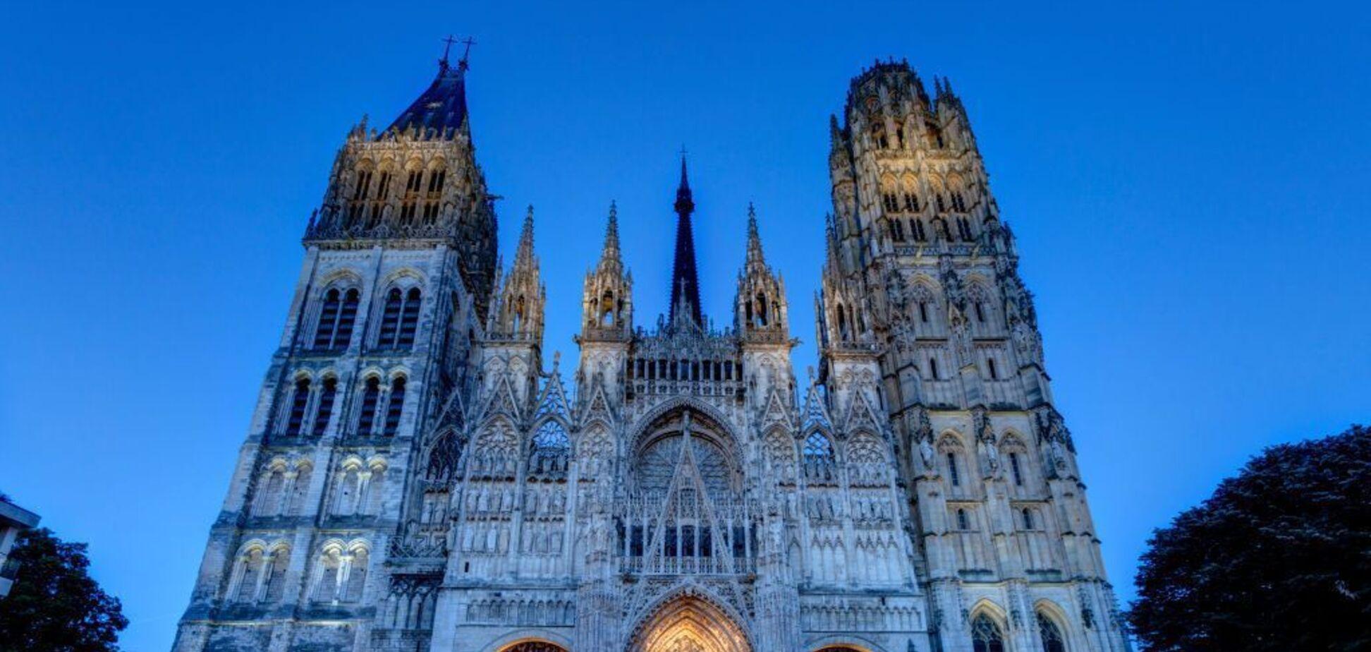 Шутки о пожаре в соборе Парижской Богоматери: давайте оставаться людьми