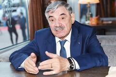Фанат 'Л/ДНР' Панкратов-Чорний влаштував п'яний дебош у літаку: відео