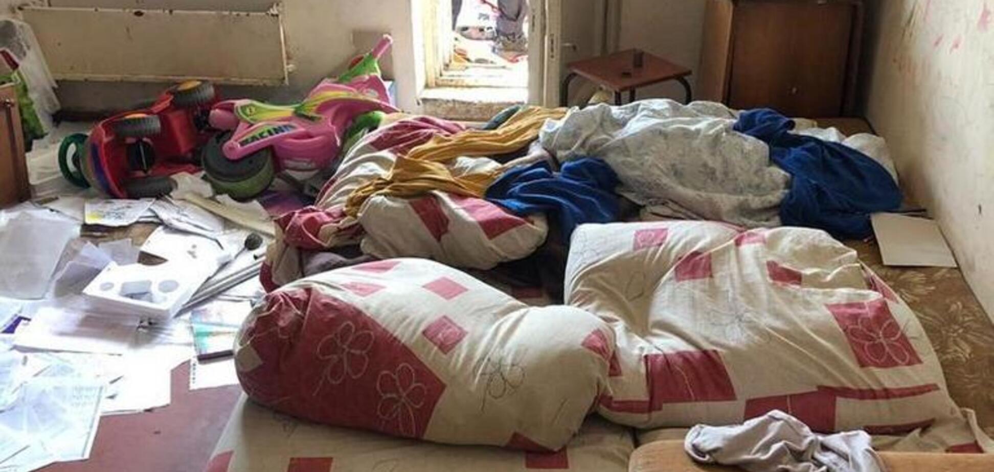 Пьяная мать спала: в Киеве из окна многоэтажки выпал 3-летний ребенок