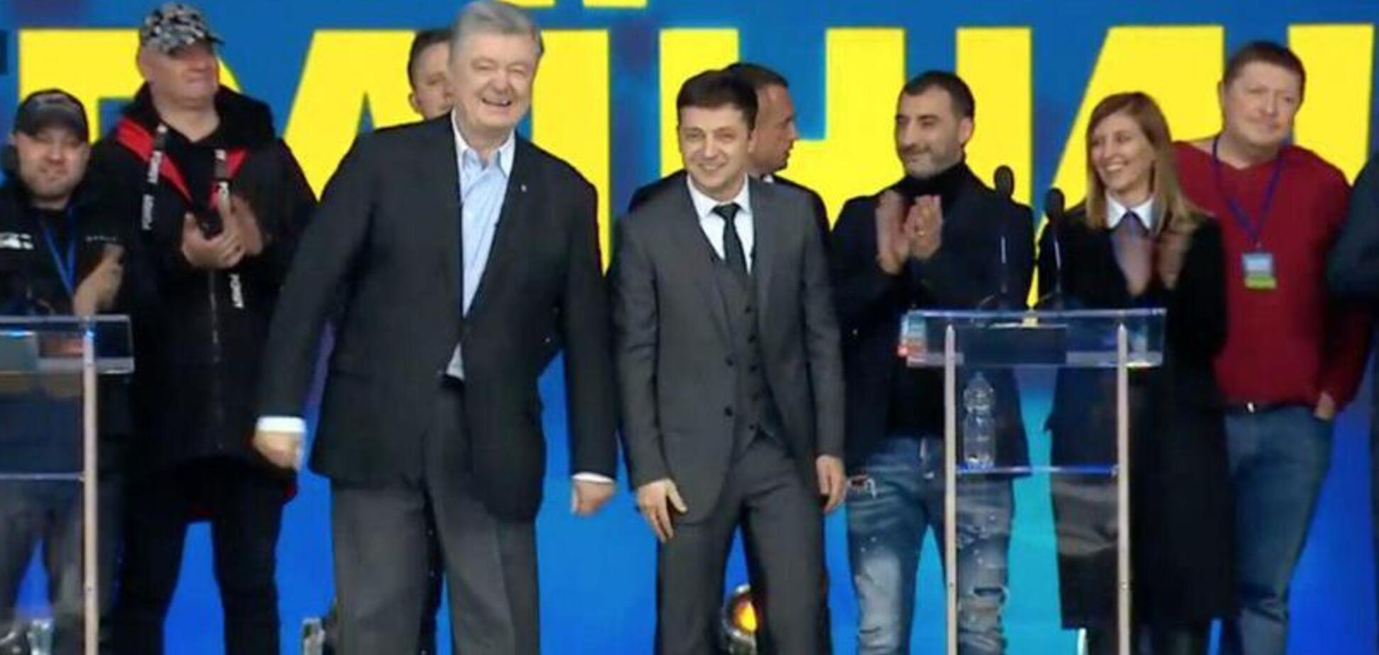 Дебати на 'Олімпійському': друг Зеленського з'явився на сцені в нецензурній кофті