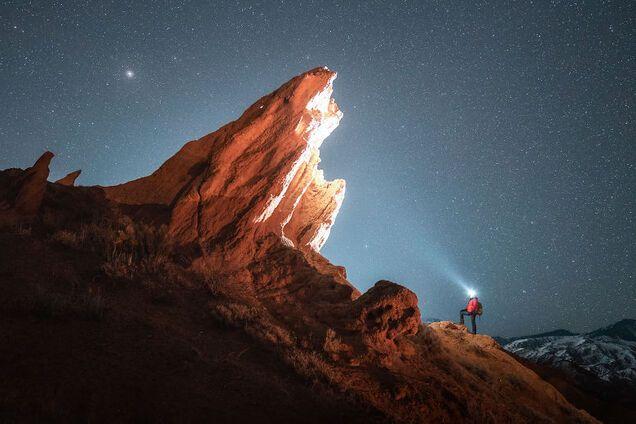 Путешественник показал неизвестный живописный каньон в Кыргызстане: яркие фото