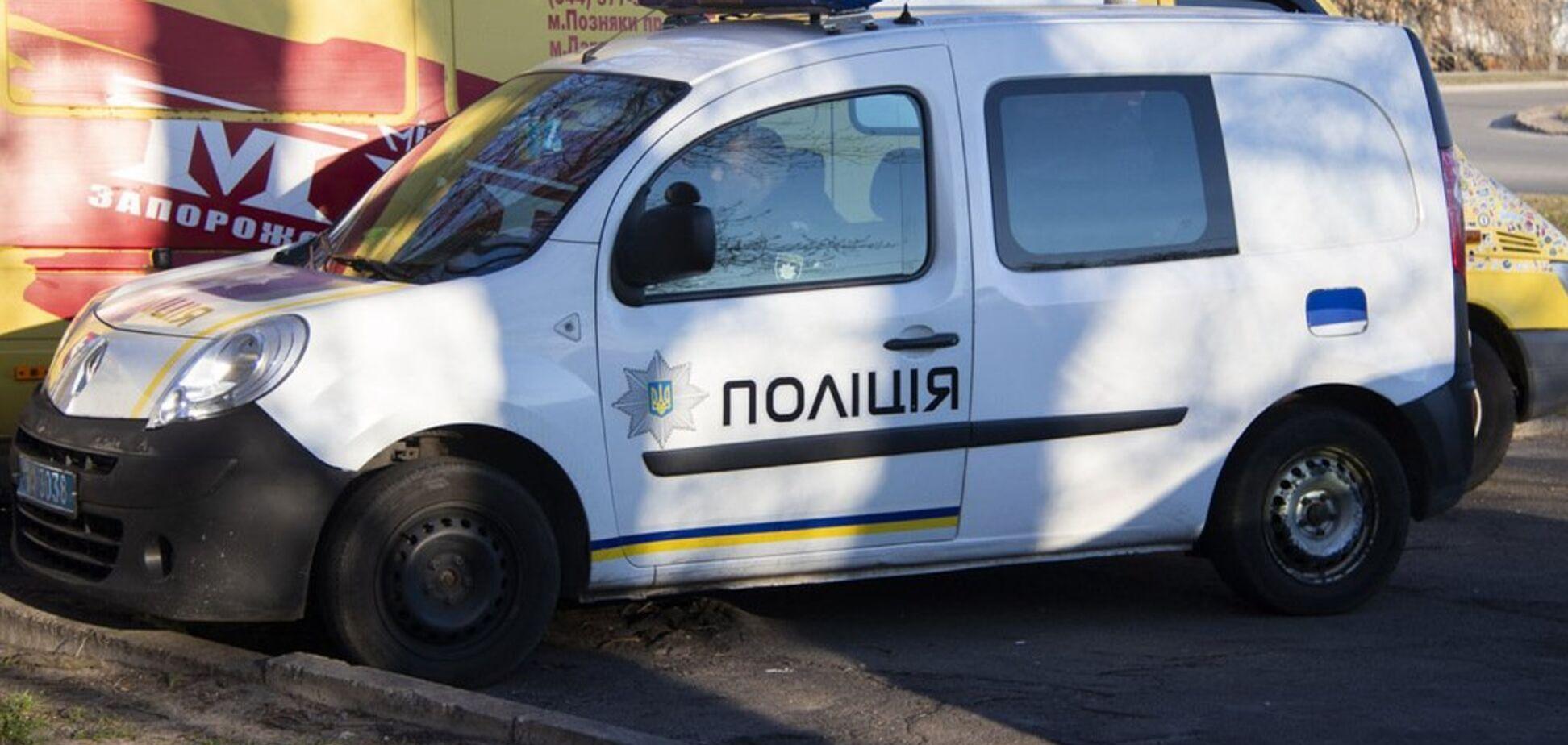 Болел раком: в Киеве мужчина выпрыгнул из окна многоэтажки