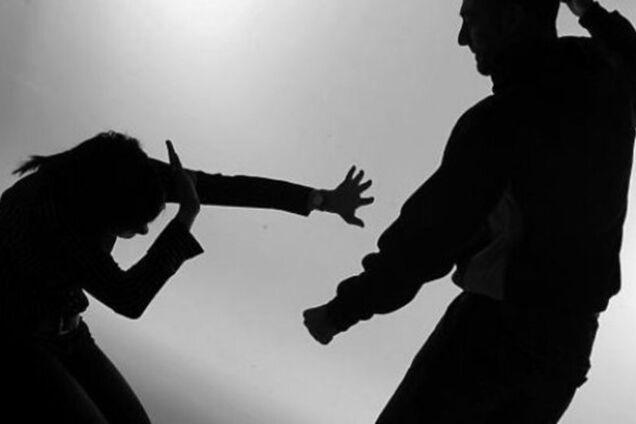 Насильство над жінкою